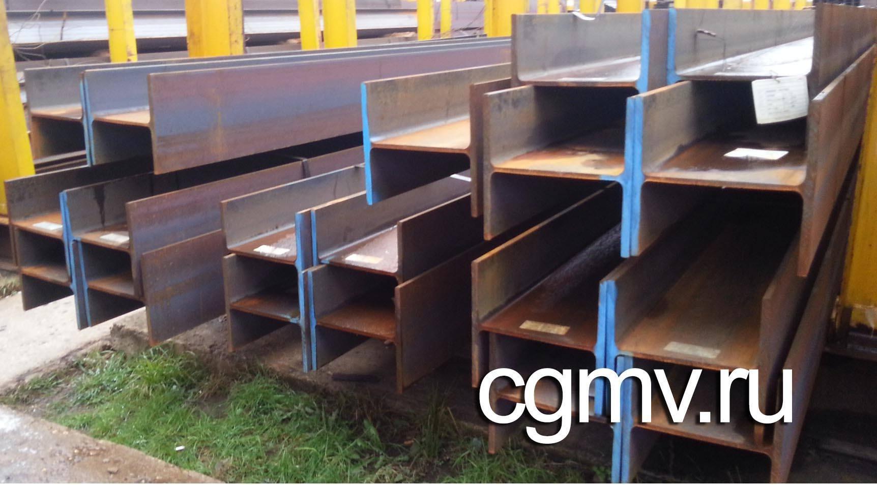 Металлическая балка  на складе ВВМ