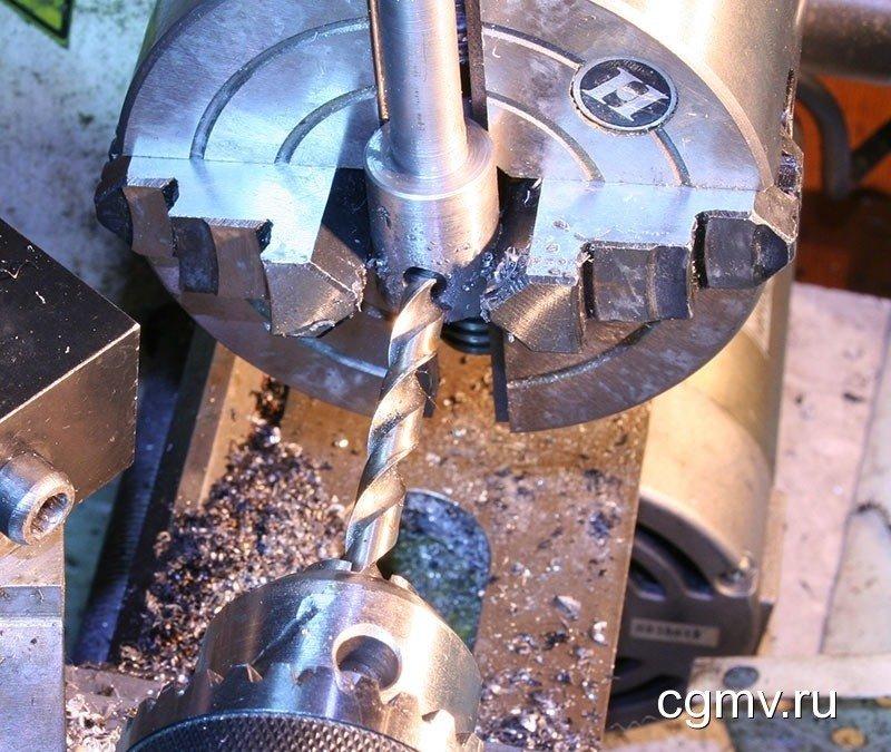 Сверление отверстий в металле на заводе ВВМ
