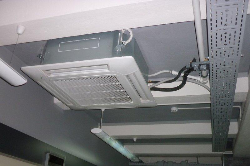 Монтаж системы кондиционирования воздуха